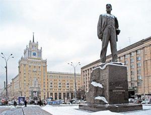 Una Mosca che non conoscevate. Passeggiata sulle tracce di manifestazioni e proteste