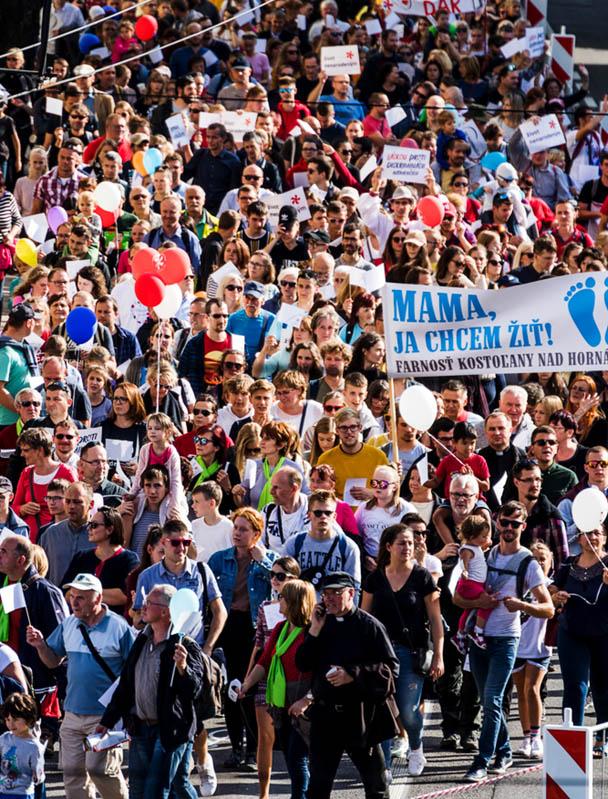 Slovacchia: la Marcia per la vita e i neofascisti