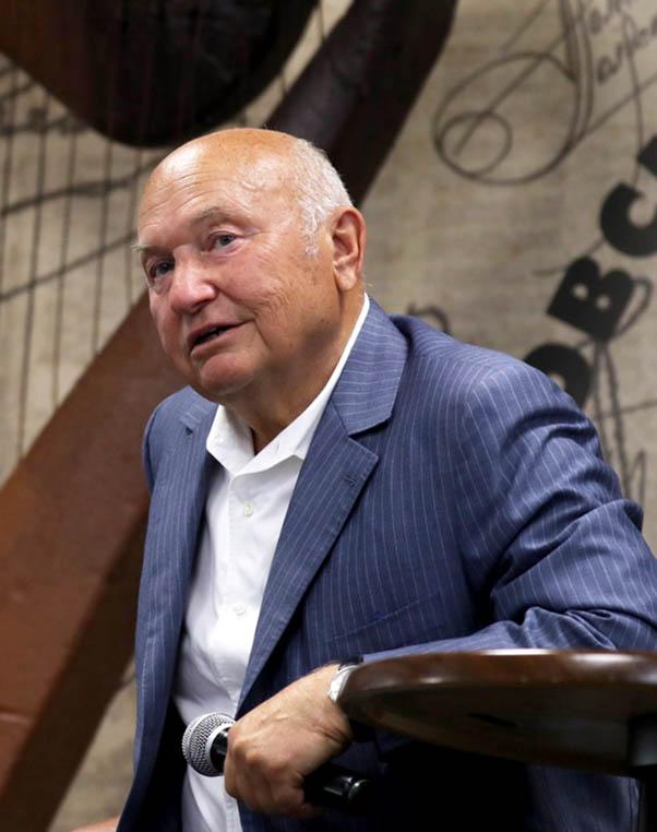 Il sindaco Lužkov – il nuovo volto di Mosca è suo