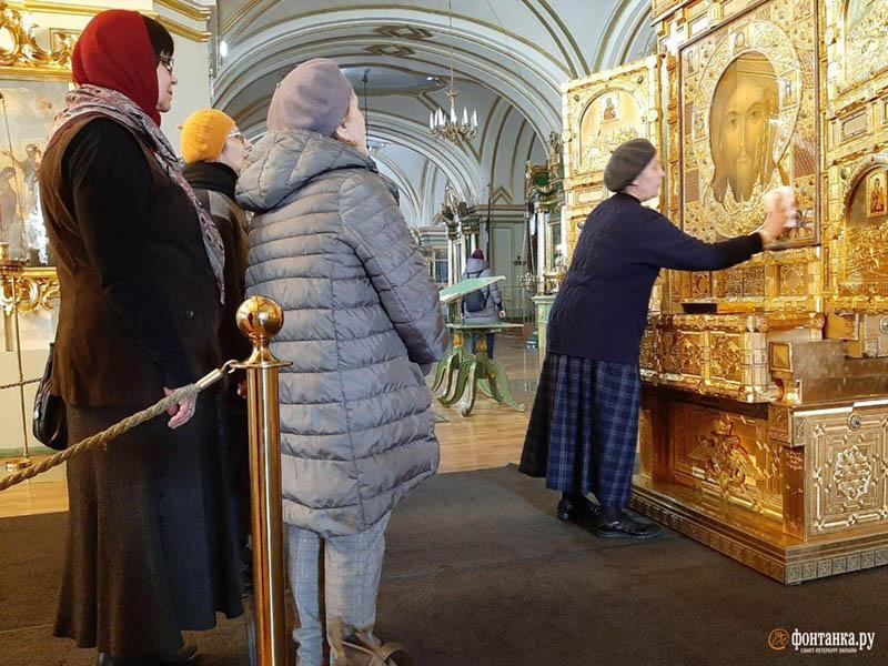 fedeli ortodossi icone covid