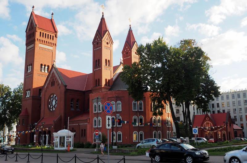 chiesa rossa Minsk