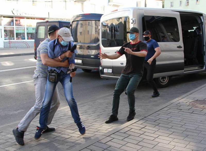 Bielorussia: violenza senza più ideologia